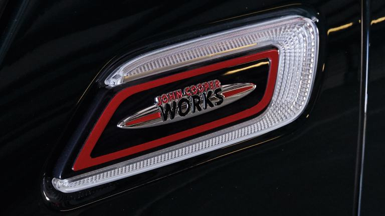 MINI John Cooper Works – portillos laterales – insignia JCW